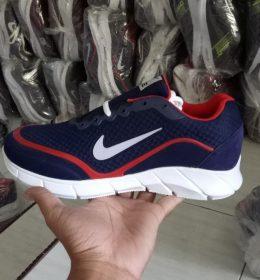 Grosir Seaptu Sneakers Nike Terlaris