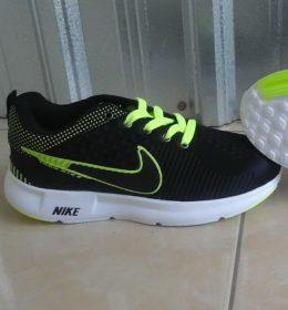 Grosir Sepatu Nike Sneakers Pria