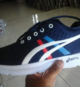 Grosir Sepatu Sneakers Asics Terlaris