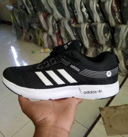Sepatu Adidas KW Berkualitas Seharga Tahu