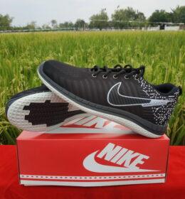 Sepatu Nike Hitam Outsole Asli TPR Warna