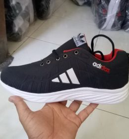 Sepatu Sneakers Adidas KW Desain Keren