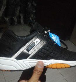 Sepatu Sneakers Adidas KW Kualitas Premium