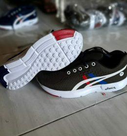 Sepatu Sneakers Asics Untuk Pria Harga Fantastis