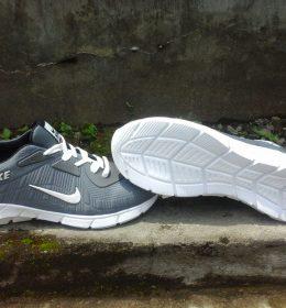 Sepatu Sneakers KW Nike Grey Color