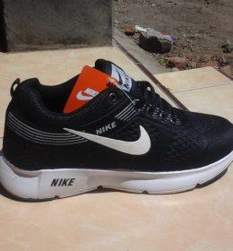 Sepatu Sneakers KW Nike Murah Meriah