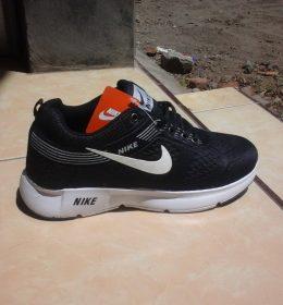 Sepatu Sneakers Nike Harga Murah Berkualitas