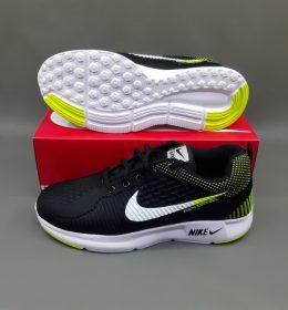 Sepatu Sneakers Nike KW Cocok Untuk Bergaya