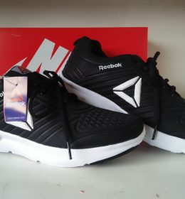 Sepatu Sneakers Reebok KW Berkualitas