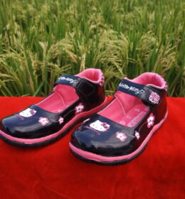 Sepatu Anak Mahal Seharga Permen