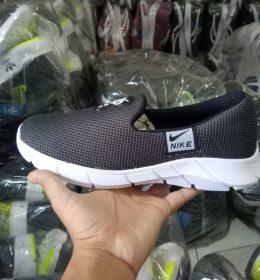 Sepatu Slip On Nike KW Berkualitas