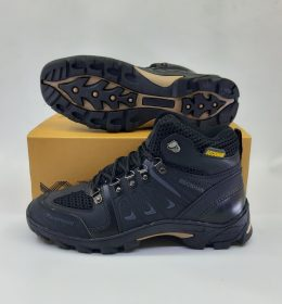 Sepatu Adventure Beckham Tinggi Kuat
