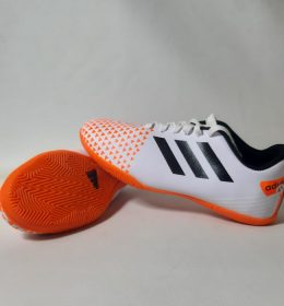 Sepatu Futsal Model Terbaru Harga Terjangkau