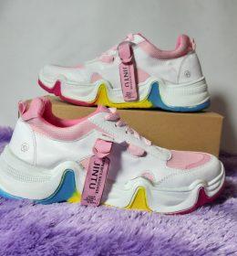 Sepatu Jintu Terkeren Dan Viral Saat Ini