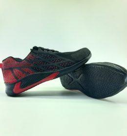 sepatu Bintik merah